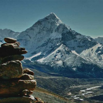 Everest 3 high pass trekking