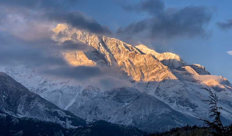 Annapurna-Cirucit-trekking-views