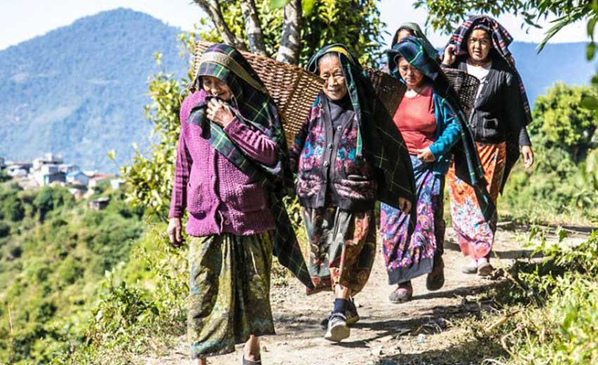 People-in-Manaslu-Trek