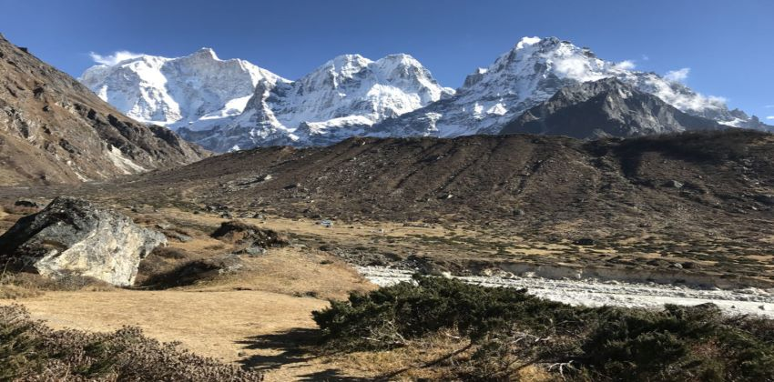 Trekking In To Great Himalaya- Tips to Consider